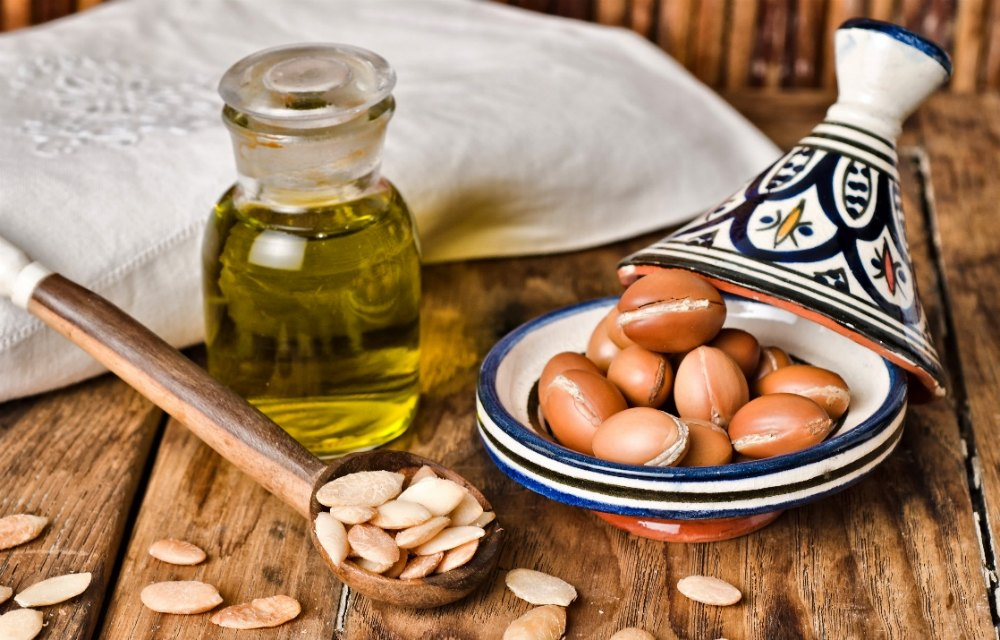Hair Growth, Home remedies,DIY,RECIPES,Argan Oil,Onion Juice,Garlic,Castor,coconut,Olive oil,Black seed