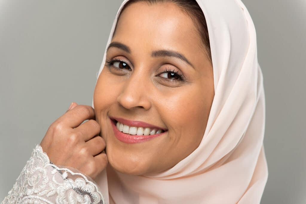Arab women,Asian women,lipstick,iba lipstick,halal,lipstick,nude lipsticks,Muslim lipstick,muslim friendly lipstick,muslima,wudu,wudhu friendly lipstick